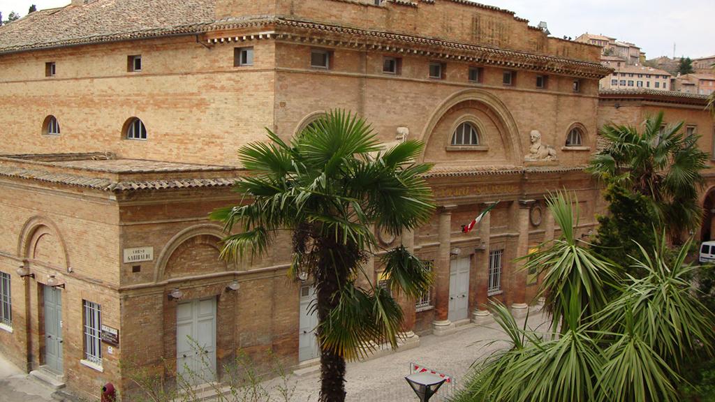 Teatro-Sanzio11